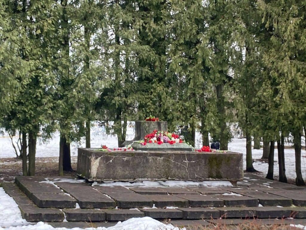 Совет общественных организаций Латвии и Русская община Латвии выражают категорический протест против сноса памятника советским воинам-Освободителям в городе Екабпилсе!